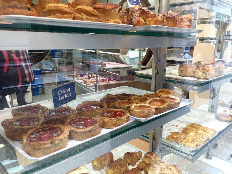 バスク菓子の定番「ガトー・バスク」