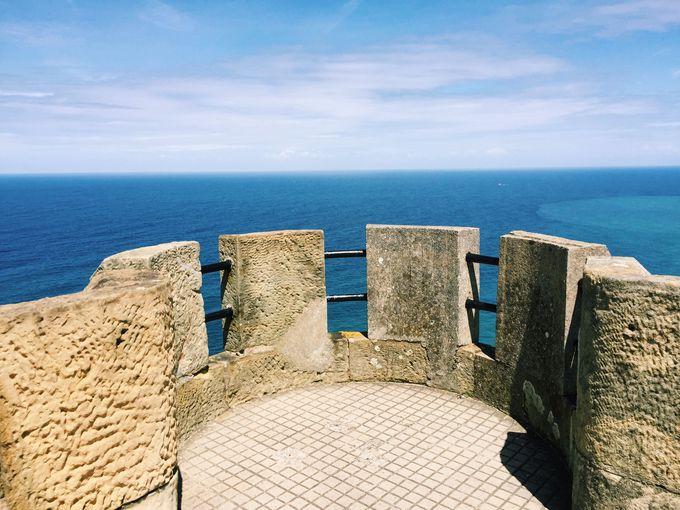 丘の上の展望台から絶景を満喫