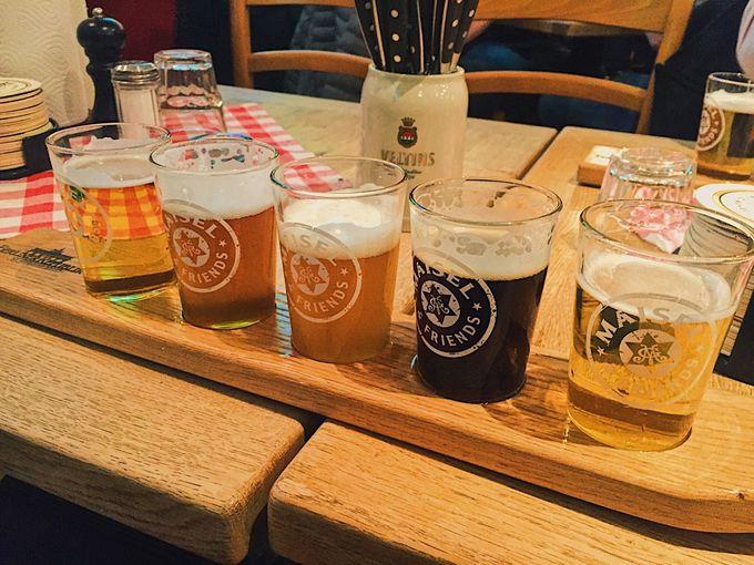 夕方〜夜:国会議事堂で夕日ウォッチ、夜はやっぱりビール!