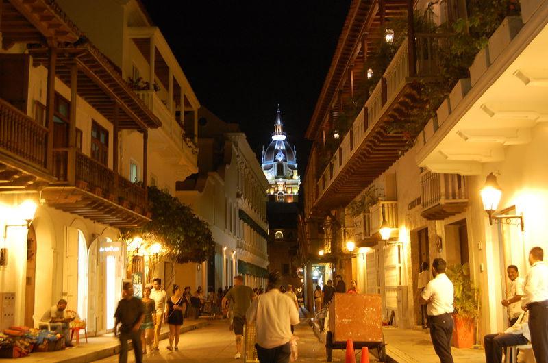 美しい街並みの古都!コロンビア「カルタヘナ」の散策スポット