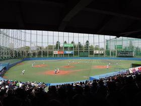 野球場?ゴルフ場??不思議スポット 東京「神宮第二球場」で歴史の大変貌を感じる