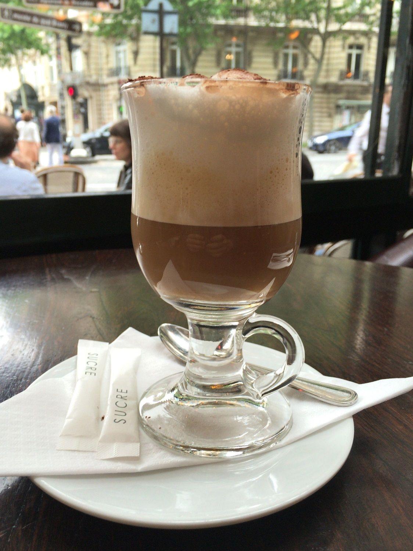 先ずは美味しいコーヒーに舌鼓