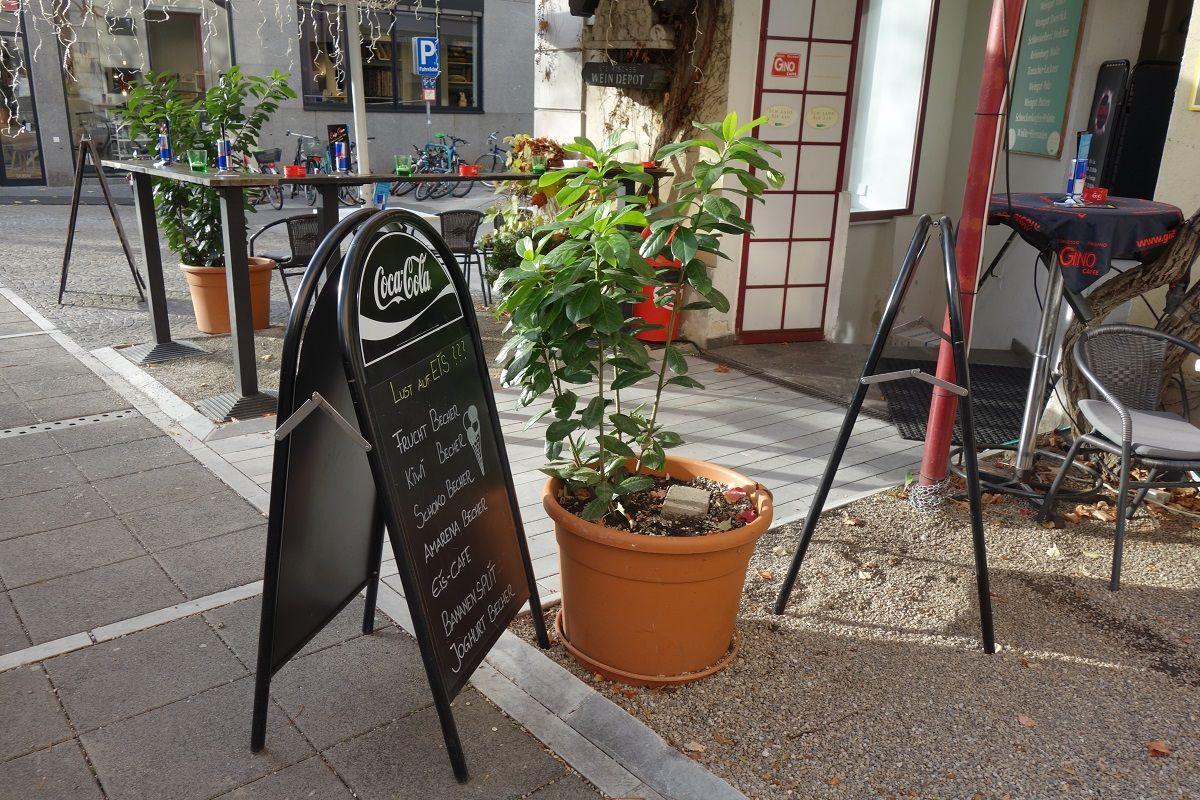 美食の街でオーストリア料理を堪能!