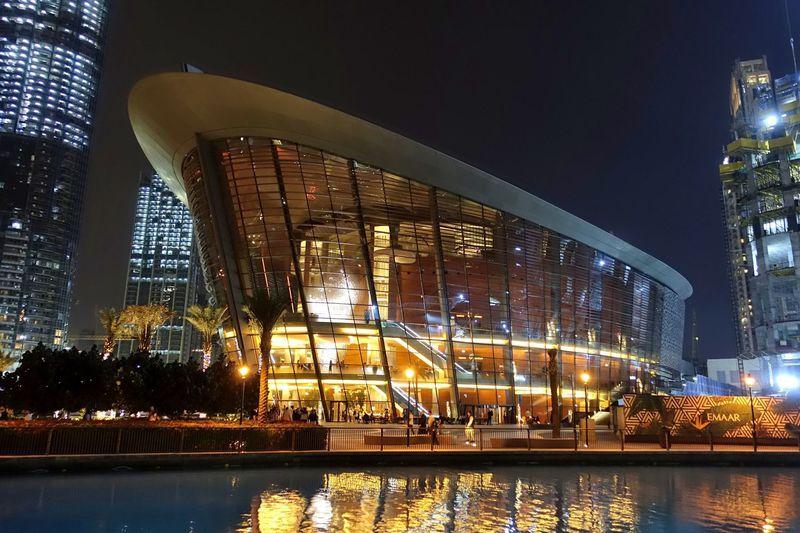 「ドバイ・オペラ」へ優雅なコンサートに出かけよう!