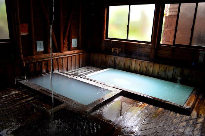 風情がたまらない浴室!「湯之谷山荘」