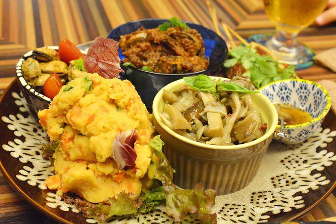 世界各国の料理が食べられる旅バルで味覚の世界旅行!