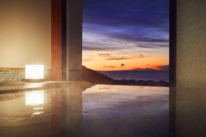 充実の貸切風呂!プライベート空間で温泉も海も満喫