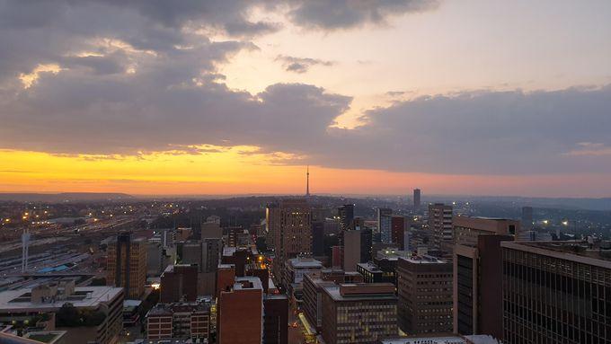 南アフリカ最大の都市「ヨハネスブルグ」はどんな都市?