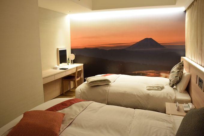 美しい夕暮れの富士山で穏やかな気分に