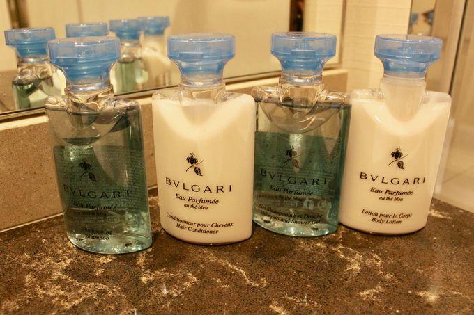 ブルガリのアメニティが香る「バスルーム」