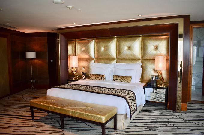 まるで豪邸みたいな優雅なスイートルームも!