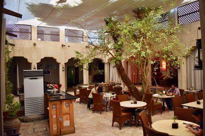おしゃれなカフェやアートを満喫「XVA Art Hotel」