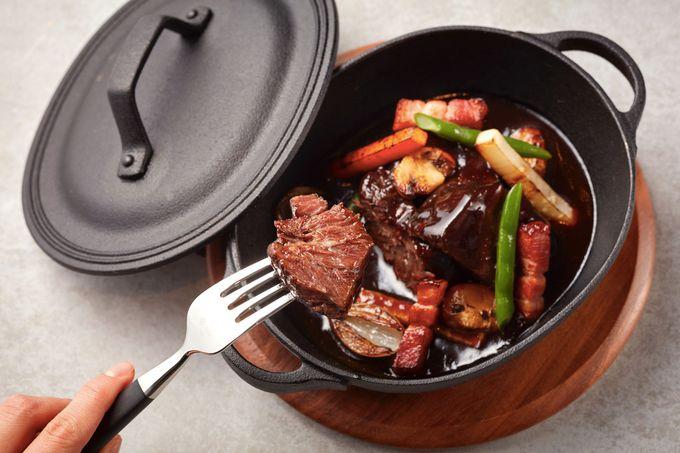 斬新なオーブン料理を味わえるダイニング「NAMIKI667」