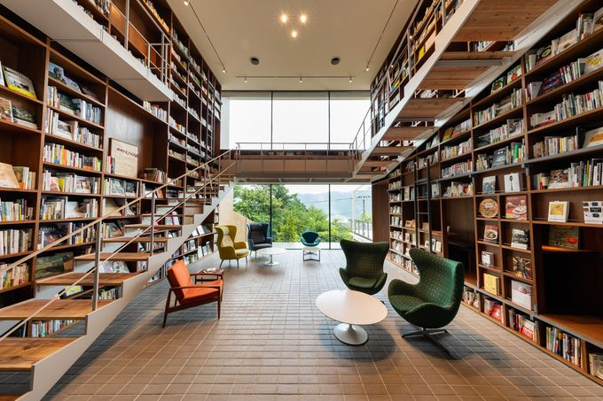 箱根に生まれた最大級のブックホテル「箱根本箱」
