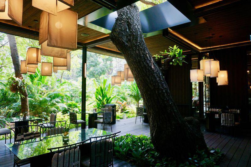 バンコクのおしゃれな一軒家レストラン!「スピリット ジムトンプソン」