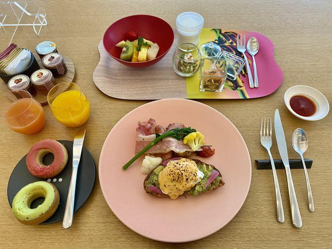 斬新なディナーや朝食を楽しめる「Oh.la.la...」