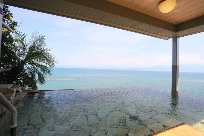 絶景の天空野天風呂からの眺めは朝日の頃が最高