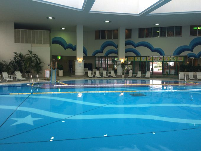 屋内プールの広さも沖縄最大級!