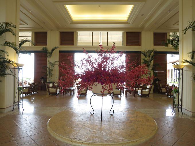 開放的なロビーはホテルを象徴する空間