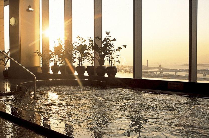 4.ホテル京阪 ユニバーサル・タワー/大阪市