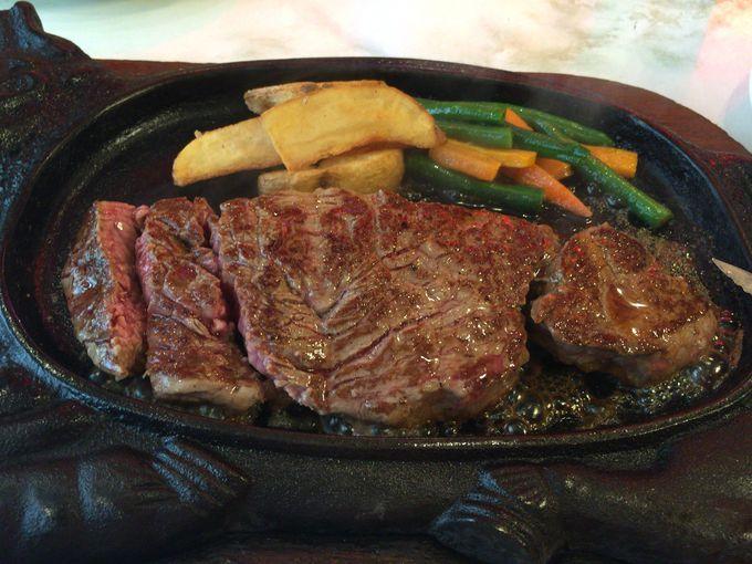 何を食べるか迷ったら、定番の「テンダーロインステーキ」!