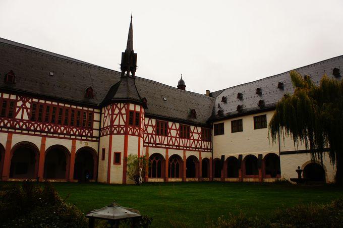 エーベルバッハ修道院へのアクセス