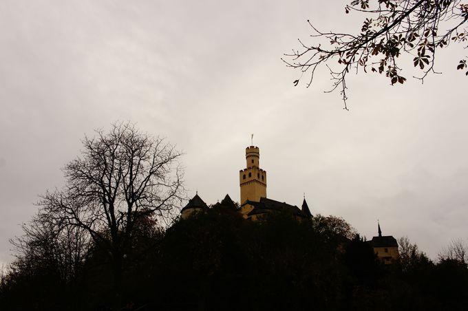マルクスブルク城って?