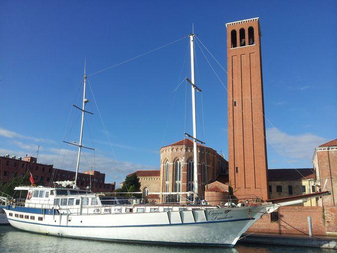 2.ベネチア ボート & ブレックファスト カイッコ フリーダム