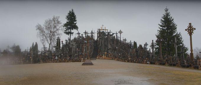 リトアニア「十字架の丘」