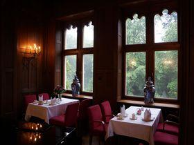 エルベ川の絶景を城ホテルで!ドイツ、シュロスエックベルクで優雅な休日