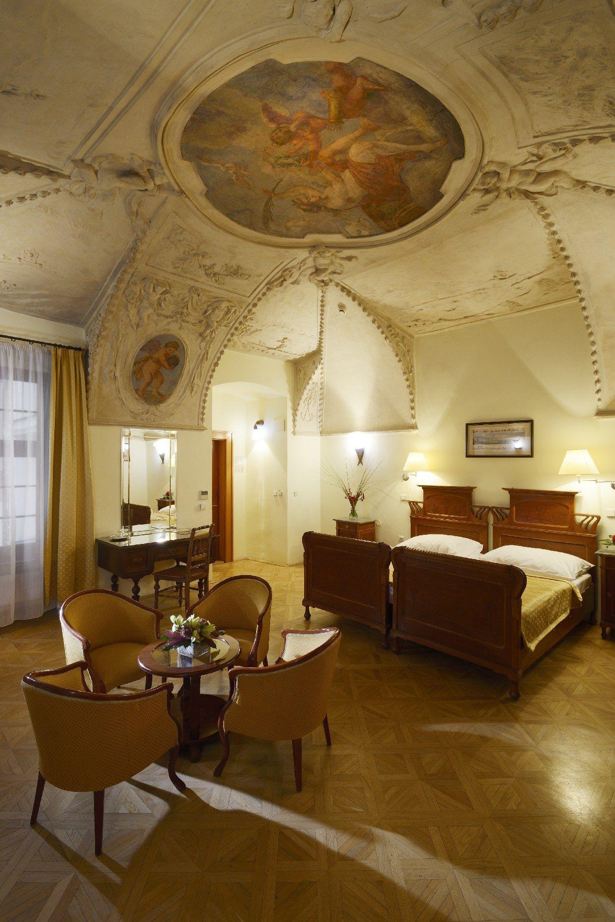 1.ホテル エリート