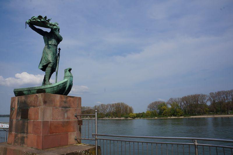 竜殺しのジークフリートを追って ドイツ・ヴォルムスは伝説の舞台!