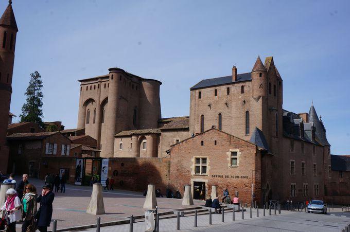 南仏に吹くパリのそよ風 ロートレック美術館