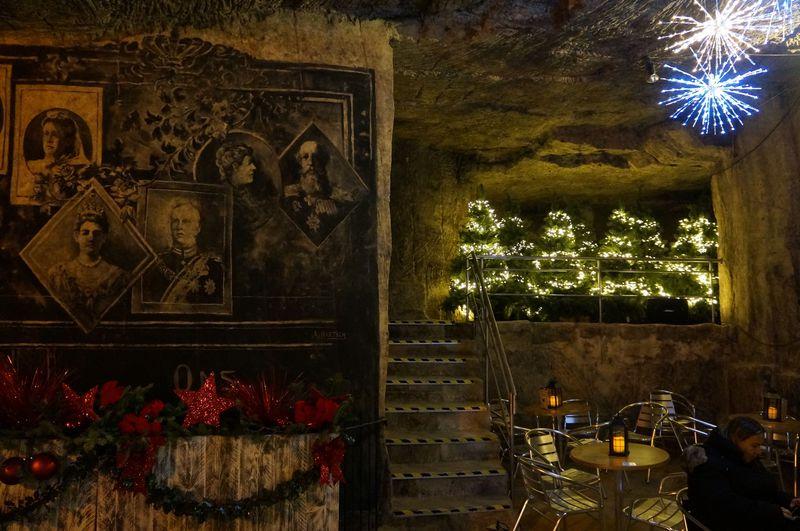 ドワーフの市場みたい!オランダ・ファルケンブルグの洞窟クリスマス
