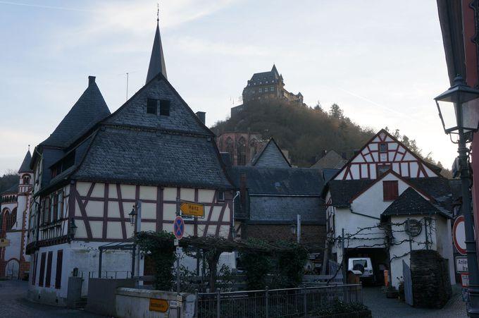 ドイツの歴史と共に駆け抜けたシュターレック城