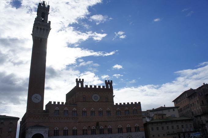 善政と悪政を語る市庁舎、プッブリコ宮