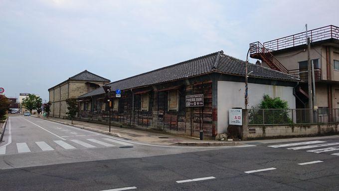 富岡製糸場だけではない絹産業の名残と地元の市場