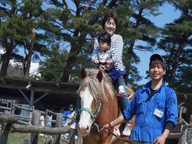 入場無料!那須「南ヶ丘牧場」は小さい子供が動物に触れあえる牧場