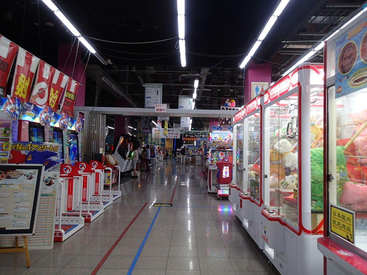 パレットタウン唯一の深夜営業「東京レジャーランド」