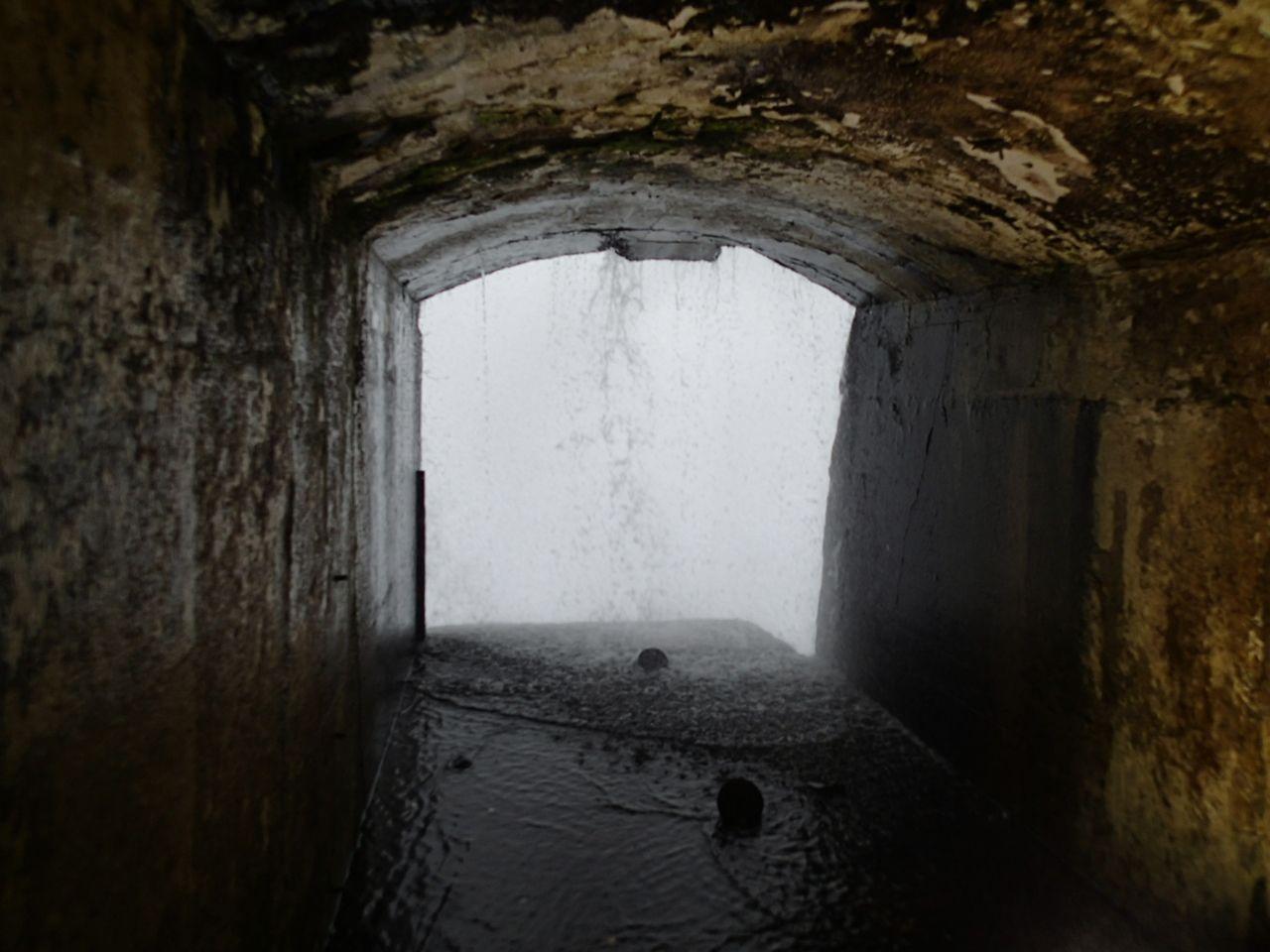 滝の裏側探検「ジャーニー・ビハインド・ザ・フォールス」