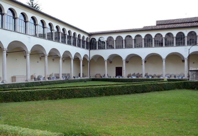 ペルージャの歴史が盛りだくさん!サン・ドメニコ教会と国立ウンブリア考古学博物館