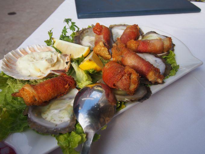 小ぶりで味が濃いのが特徴のストンの牡蠣