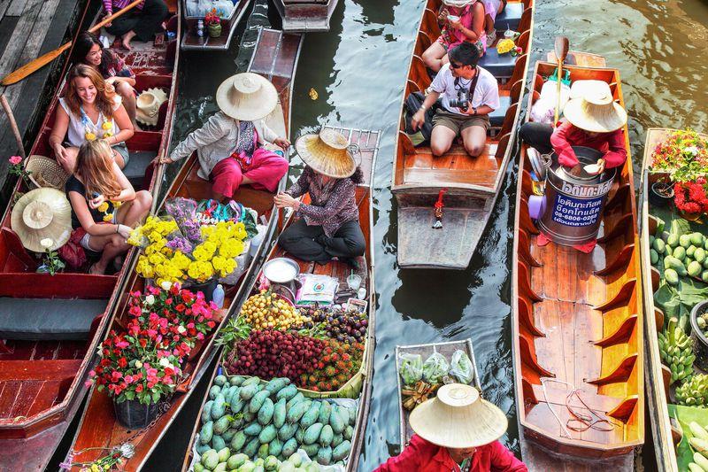 早朝到着時にも!朝のバンコク観光は水上マーケットと線路市場を制覇