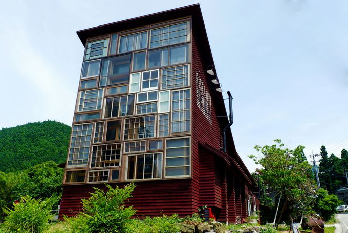 10.RISE & WIN Brewing Co. BBQ & General Store/徳島