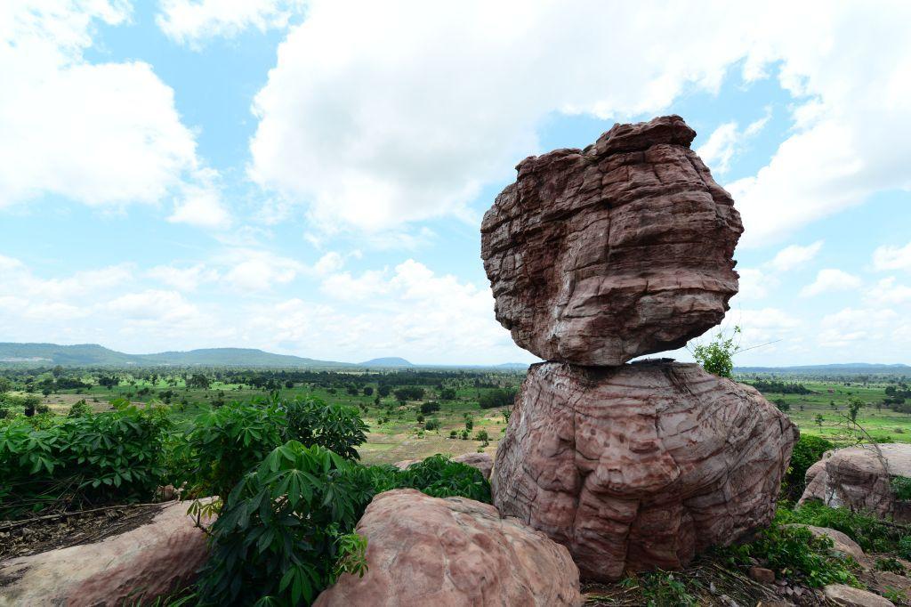 プーンタノンから見る絶景と奇怪な岩石群!