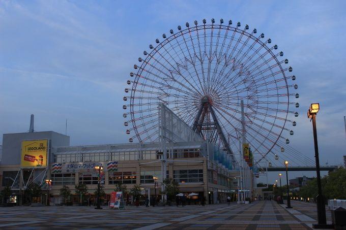 大阪のベイエリアにある天保山大観覧車