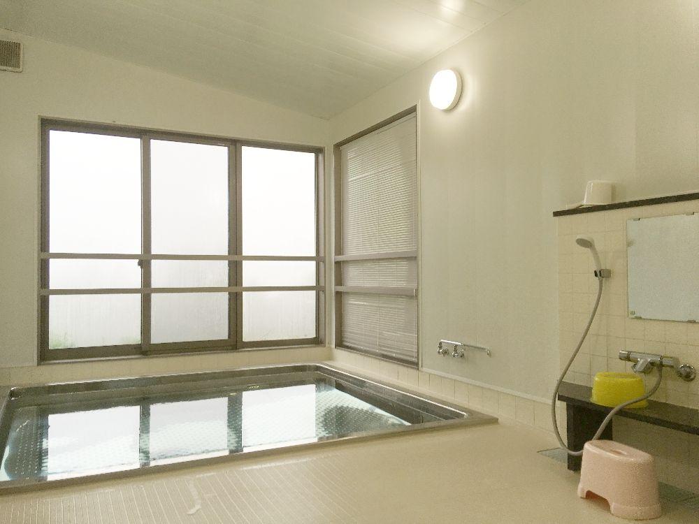 金華山の清らかな水で入浴