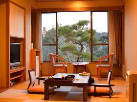 静岡「ホテルサンバレー伊豆長岡 本館」広々客室で快適ステイ
