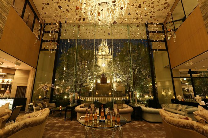 ホテルに一歩足を踏み入れた瞬間に驚く、優美な空間