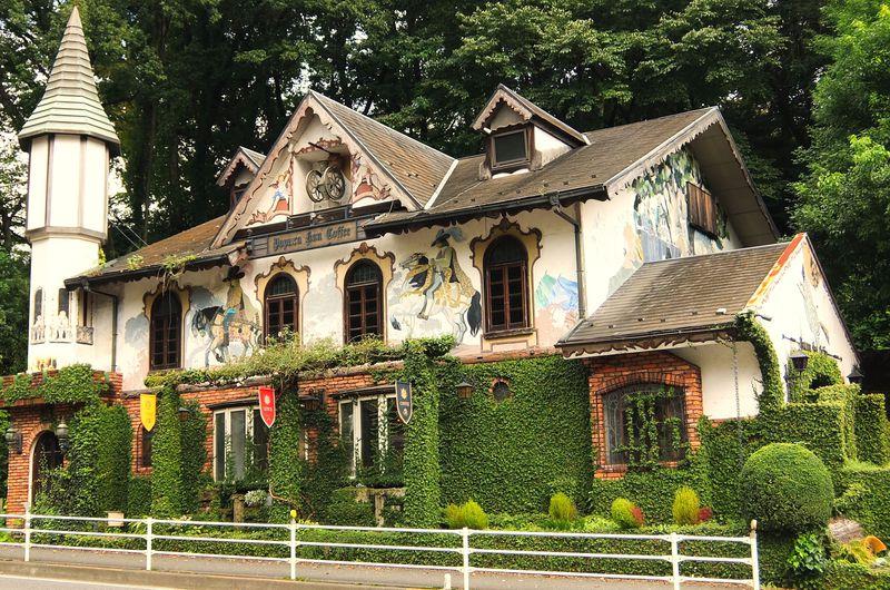 まるで中世ドイツの城館!東京・八王子「パぺルブルグ」で美味しいコーヒーを!